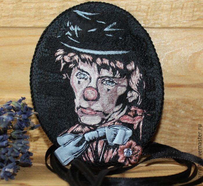 Купить Брошь-подвес Фрэнк Синатра Автопортрет - черный, голубой, розовый, шелковый, брошь, подвеска