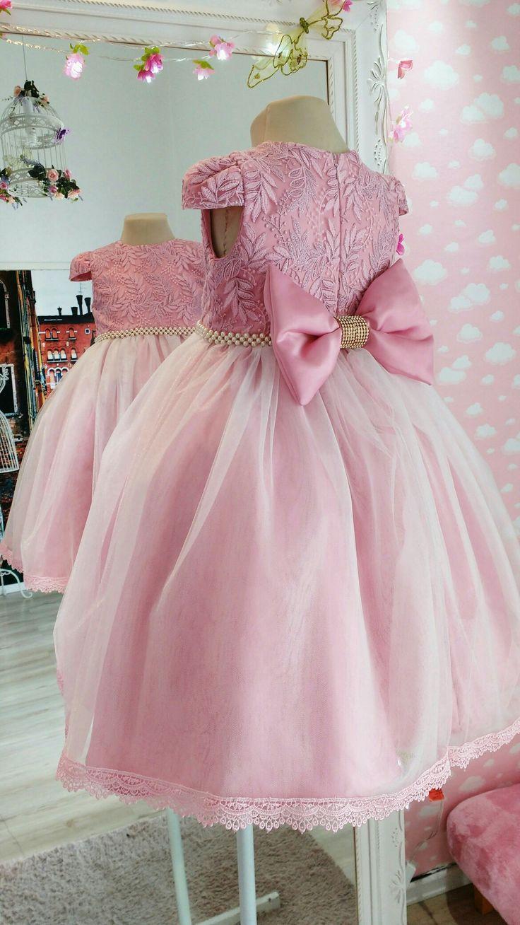 Vestido de festa infantil Por Ateliê Mirian Rosa