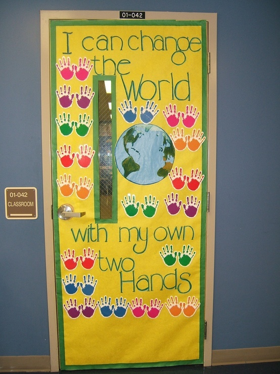 Don't have a door to my classroom, but love this idea for a bulletin board!