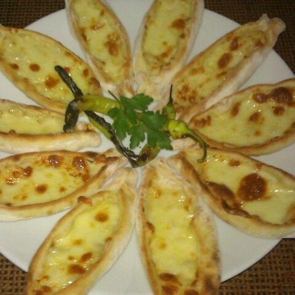 Adana Yemekleri - Fındık Pide