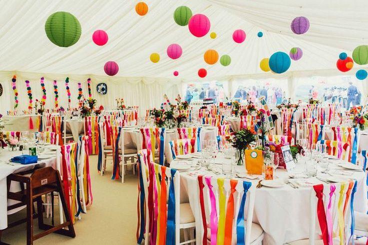 25 beste idee n over linten decoraties op pinterest linten muur gangpad decoraties en stoel - Versier een entree ...
