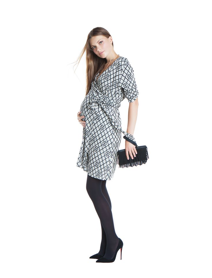 Tory wrap dress - ethnic print - day&night - during&after pregnancy - chic mama - party girl - check now! www.nanarisematernity.com