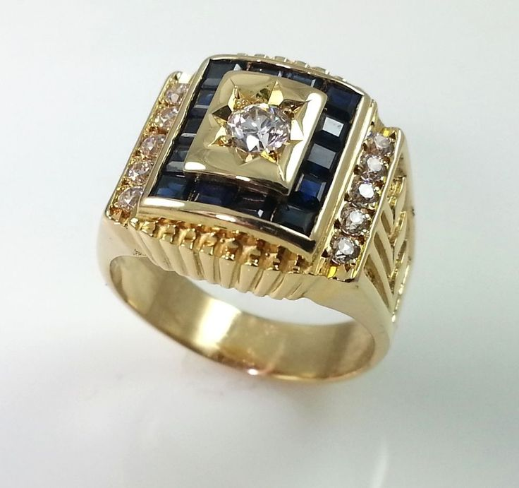 MENS 18K GOLD RING ***  SOLID 18K GOLD PINKY RING
