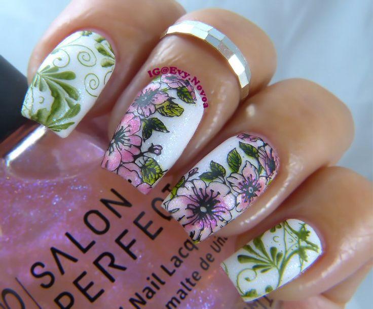 #mani #uñas #diseñodeuñas #uñasestampadas #sexynails #moda #estilo #style #fashion #fashionnails #flowernailart #springnails