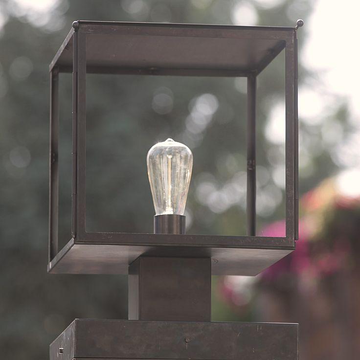 Bauhaus-Außenleuchte: Sockelleuchte Vitrine *Art déco-Kassetten-Sockelleuchte Vitrine, Bronze dunkel