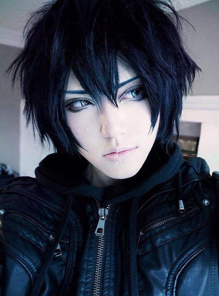 Ayato cosplayers need to stop being so hot! I'm dying!!!!!!!!!!!!!!!!!!!!