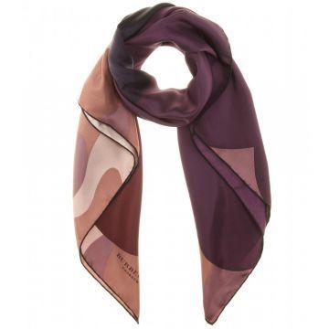 Silk scarf - Eşarp, Desenli #askmoda #alisverisbirask #burberry #burberryşal #burberryscarf #scarfmodels