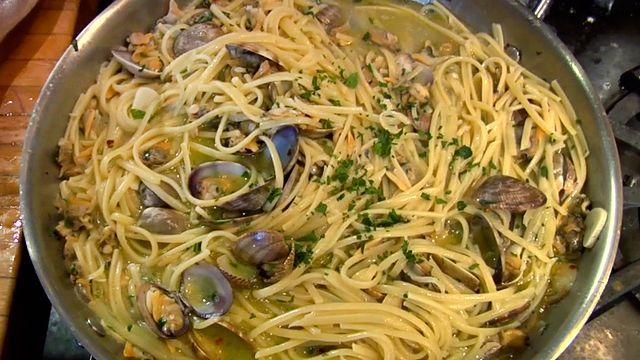 This is the quintessential Italian pasta dish especially in Naples and Rome, the ingredients are three, the clams are the smaller ones vongole verace and they are always cooked in their shells, once they open the sauce is done.