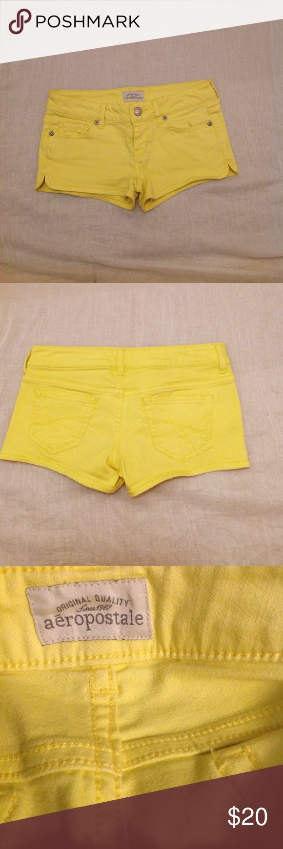 Aeropostale Women's Shorts Yellow Short Shorts  Good Stretch  Size 0 Aeropostale Shorts