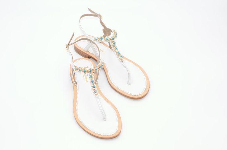 Sandalen – weißes Leder – türkis und gold