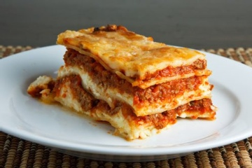 Cheesy Vegetable Lasagna - Weight Watchers. 7 points
