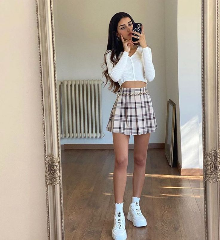 fan outfits account on Twitter   Cute skirt outfits, Shein outfits, Cute casual outfits