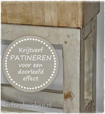 http://verftechnieken.blogspot.nl/2011/11/nieuw-steigerhout-oud-maken-met-een.html Heel veel verftechnieken.