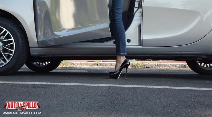 2° Test drive per la nuova Lancia Y 5 porte - Ecco il video: http://www.youtube.com/watch?v=0o_mtT8jKFE=plcp che vede protagonista la racer Alessandra Rossi.