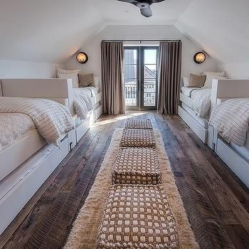 Sleepover-Zimmer mit 2 Einzelbetten und Ausziehbetten