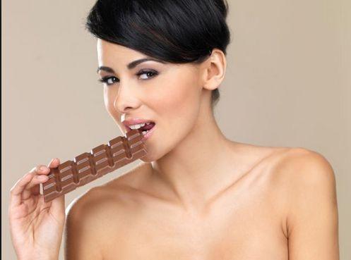 Как похудеть на шоколадной диете.      Шоколадная диета под своим модным названием скрывает приятный и способствующий похудению способ питания. Рассмотрим, как можно применять такую диету без ущерба для худеющего организма. http://www.odnoklassniki.ru/group/52227659006156/topic/62877345767628