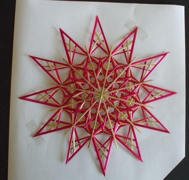 Baumschmuck: Stroh - Strohsterne - Stern rot - ein Designerstück von Strohsterne-rs bei DaWanda
