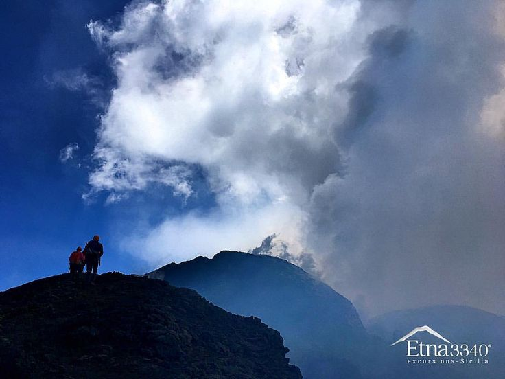 Hiking the top... Volcano Etna... 🌋