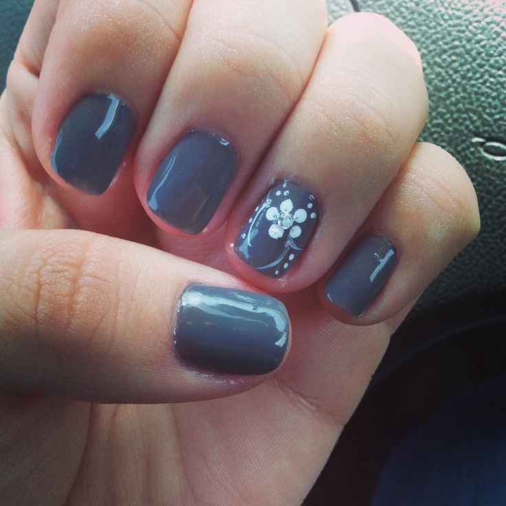 Gray Gel Manicure With White Accent Design Gel Manicure Designs Gel Manicure Manicures Designs