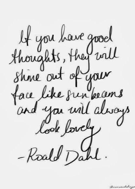 Gutes langes Wochenende = Gute strahlende Gedanken!