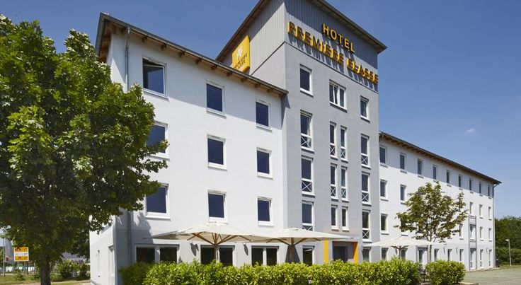 Premiere Classe Köln-West Köln This 2-star hotel in Cologne's western district of Junkersdorf is only 500 metres from the A1 motorway. Driver's will appreciate the easy access to the city centre, exhibition grounds, and airport. It offers a 24-hour front desk.