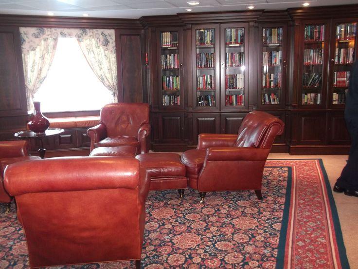 Oceania Cruises - Nautica, The Library