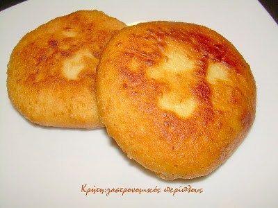 Μια άλλη εκδοχή για τις αγνιόπιτες   Οι αγνιόπιτες είναι παραδοσιακές μυζηθρόπιτες κυρίως της ανατολικής Κρήτης. Γίνονται σχεδόν πάντα με ξινή μυζήθρα και έχουν…