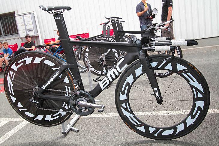 BMCレーシングチームが使用するBMCの新型TTバイク