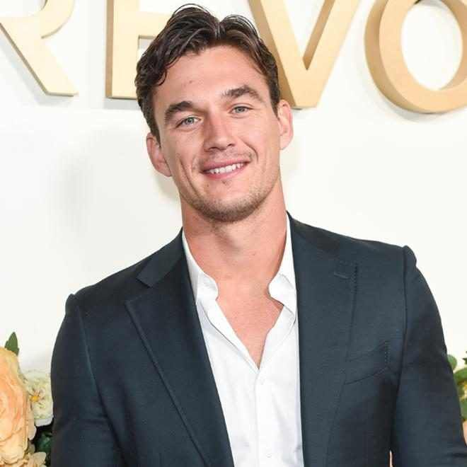 Why Tyler Cameron Wouldn T Go On Bachelor In Paradise Celebrities Funny Cameron Hannah Brown