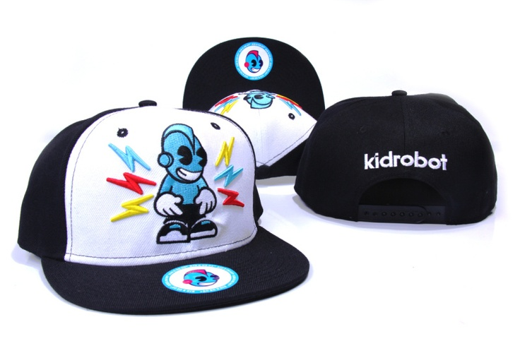Kidrobot Snapback Caps & Hats black white-xsj6200