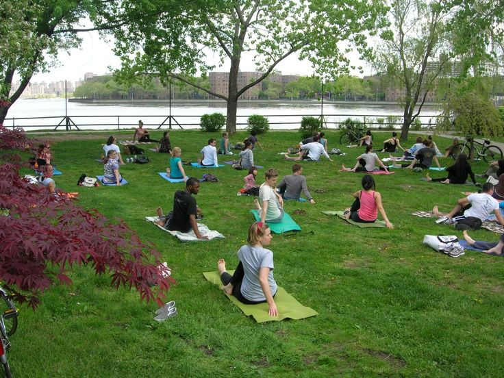 There are three free yoga classes each weekend at Socrates Sculpture Park in Long Island City. Photo: Socrates Sculpture Park