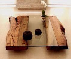 table basse en bois brut