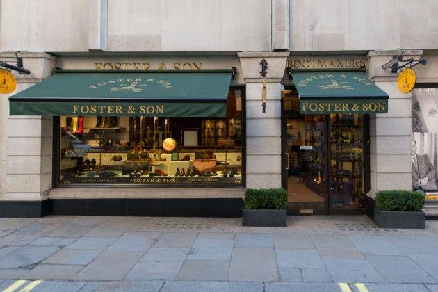 Foster & Son / Bespoke Shoemaker from London - Nur einen Steinwurf vom Buckingham Palace entfernt liegt die Jermyn Street, die vielen kleinen Geschäfte in dieser Seitenstraße haben sich vor allem auf exquisite Herrengarderobe spezialisiert. In der Nummer 83 befinden sich der Laden und die Werkstatt von Foster & Son, der ältesten Maßschuhmacherei in Großbritannien. Schon seit 1840 werden bei Foster & Son hochwertige Schuhe und hervorragende Stiefel nach Maß gefertigt.