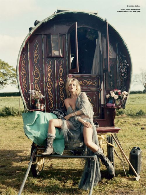 My Bohemian Lifestyle  Kate Moss and the Gypsies