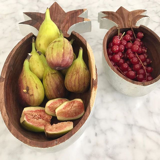Silver wooden carved pineapple bowls from our Tropics collection. #ecru #pineapple #wood #decor #design #accessories #figs #berries #spring  Thank you S.
