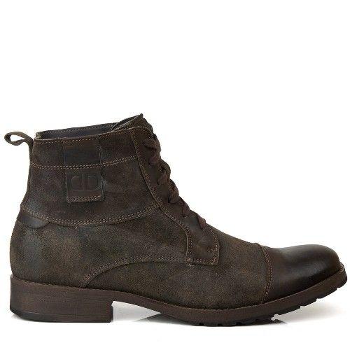 Coffee Suede Boots. Bota Democrata Stroke Café.