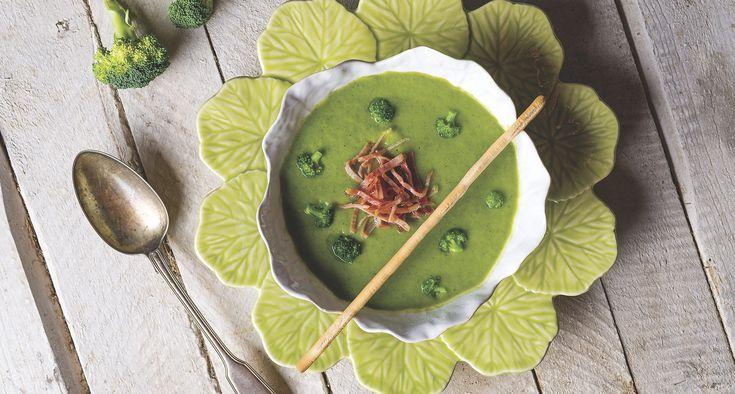 Sopa de brócolos com presunto