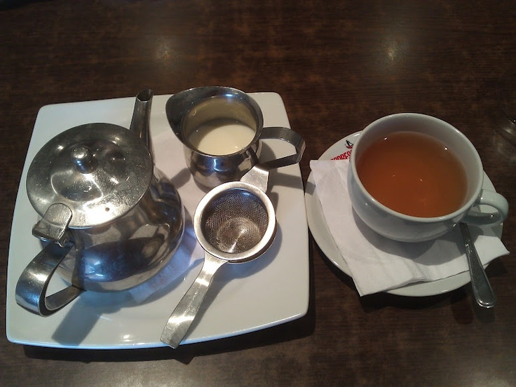 How Tea should be served in a restaurant.  Came with a smile too, how tea-lightful!!