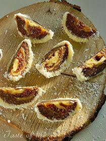 Sitni kolači             Počela  je sezona slava pa ću vam predstaviti nekoliko vrsta provereno dobrih  sitnih kolača koje možete priprem...