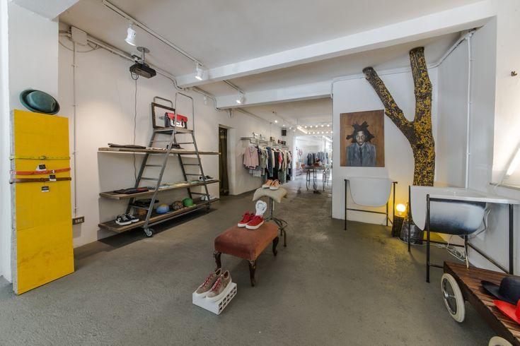 Sociètè Anonyme- TRIBECA factory  Retail Design   Store Interiors   Shop Design   Visual Merchandising   Retail Store Interior Design   #tribecafactory #storeinterior #storedesign #storedisplay