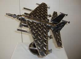 Resultados de la Búsqueda de imágenes de Google de http://www.instablogsimages.com/images/2011/02/02/scrap-metal-art-8_CmLbo_24429.jpg