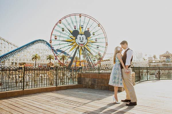 Disneyland Engagement Session- gorgeous. Never would have thought of this place as a good E-session place