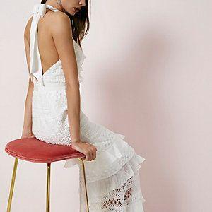 Crème kanten maxi-jurk met halternek en ruches