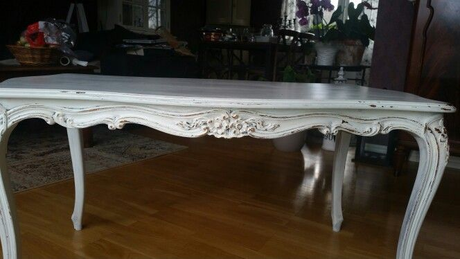 Old table painted with MMSMP's Ironstone. Finished with MMSMP's wax and a enemal paint from another retailer.