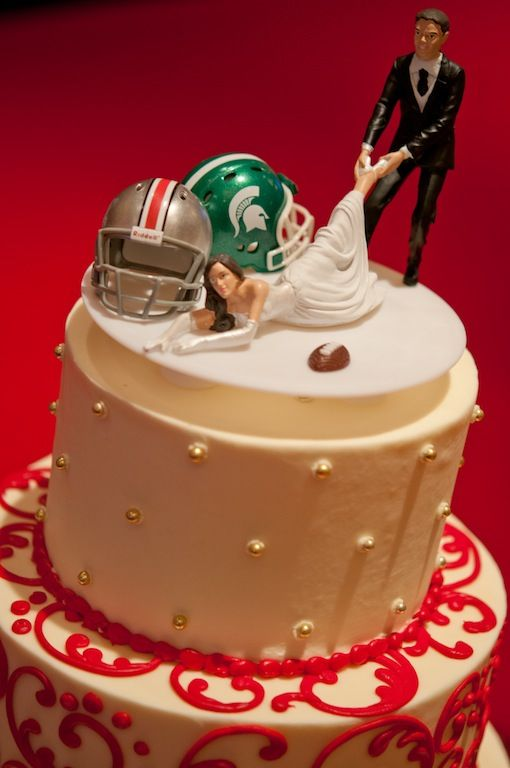 ohio state michigan wedding cake toppers 1000 ideas about football cake toppers on 17977