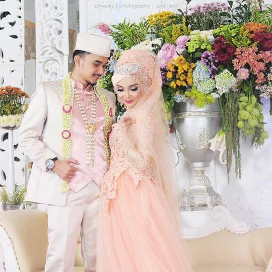 Indonesian wedding hijab  By vanda muslimah