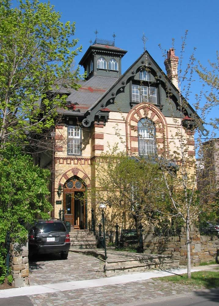 1881 Gothic Revival Thom House 54 South Drive Toronto, Rosedale
