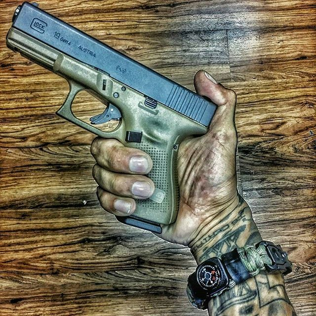 Hello and welcome home to this gen 4 glock 19 in fde.  #combatveteran #combatmedic #free #dontreadonme #glock19 #fde #superessestraps #edcprepper #whenlifecallsforyoutocarryeveryday #livefreeordie #2ndamendment #guns #gunshow #pewpew #pewpewlife #carryeveryday #protectyourself #imagunnut #comeandtakeit