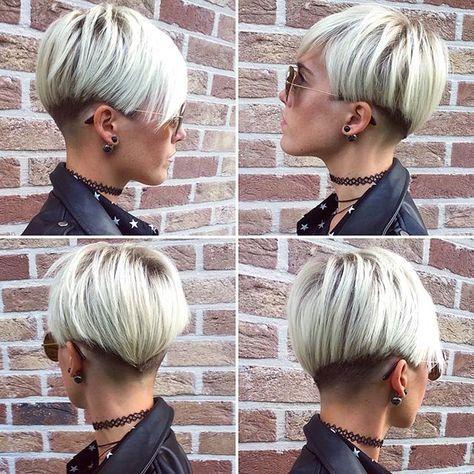 Des semaines que je laisse pousser pour finalement... recouper. Je suis irrécupérable #blonde#blondie#blondeur#hairdress#kurzhaar#haar#coupescourtes#shorthair#shortairstyle#pixie#haircuts#hairstyle#instahair#cheveuxcourts#selfie#cheveuxrasés#shortondehair#pixiecut#pixiehair#pixiestyle