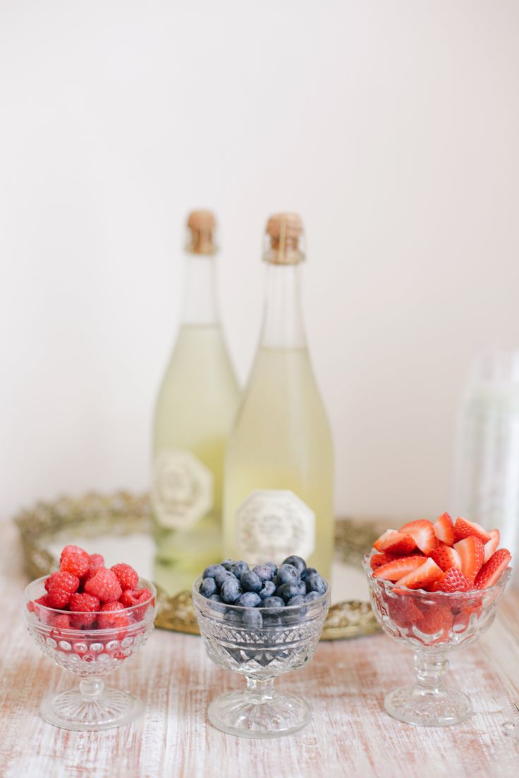 Berry + Bubbly bar   View entire slideshow: 15 Ways to Serve Up Bubbly on http://www.stylemepretty.com/collection/443/   Photography: asianbeesphotography.com